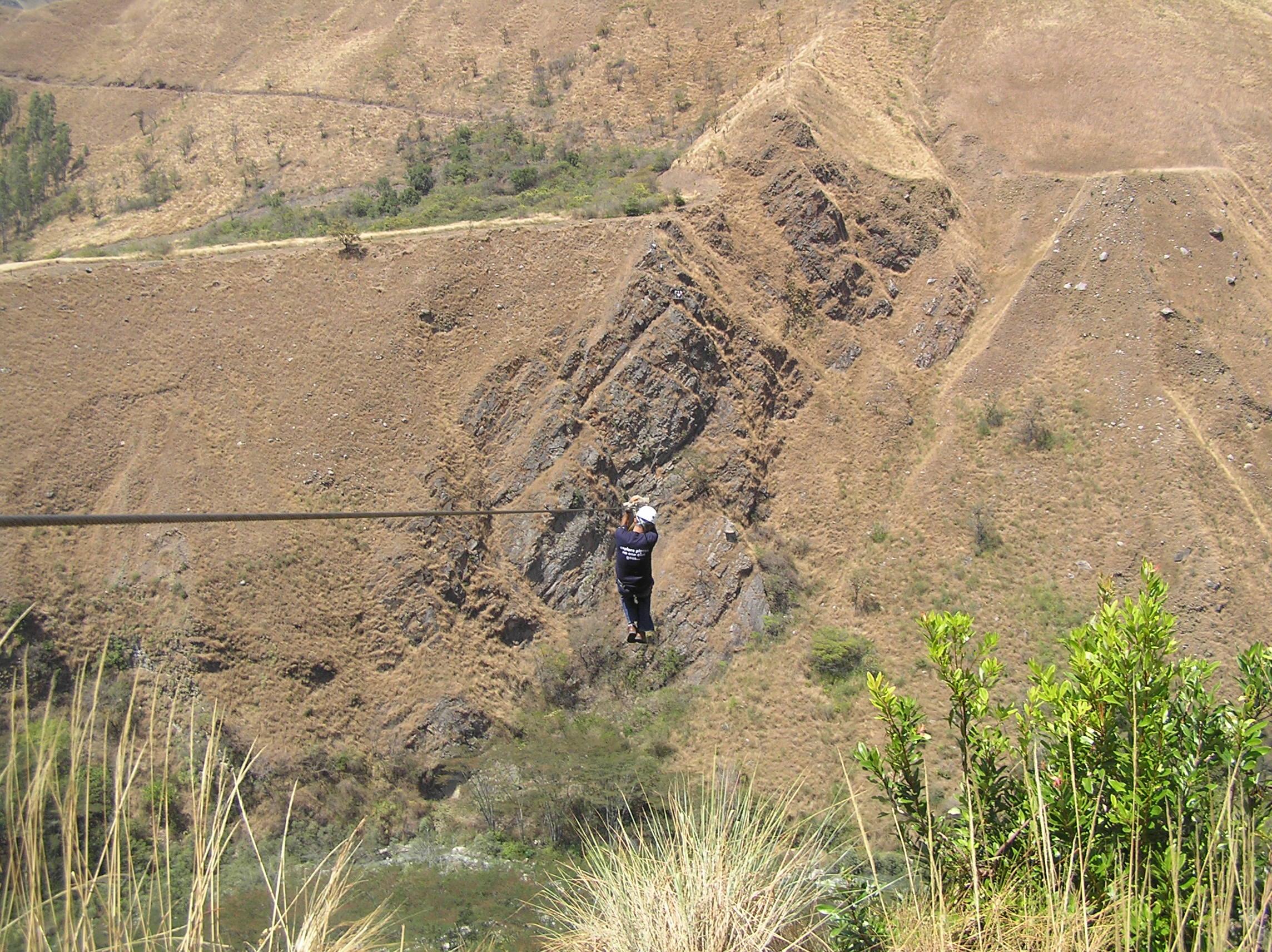The Cola de Mono zip line in Peru