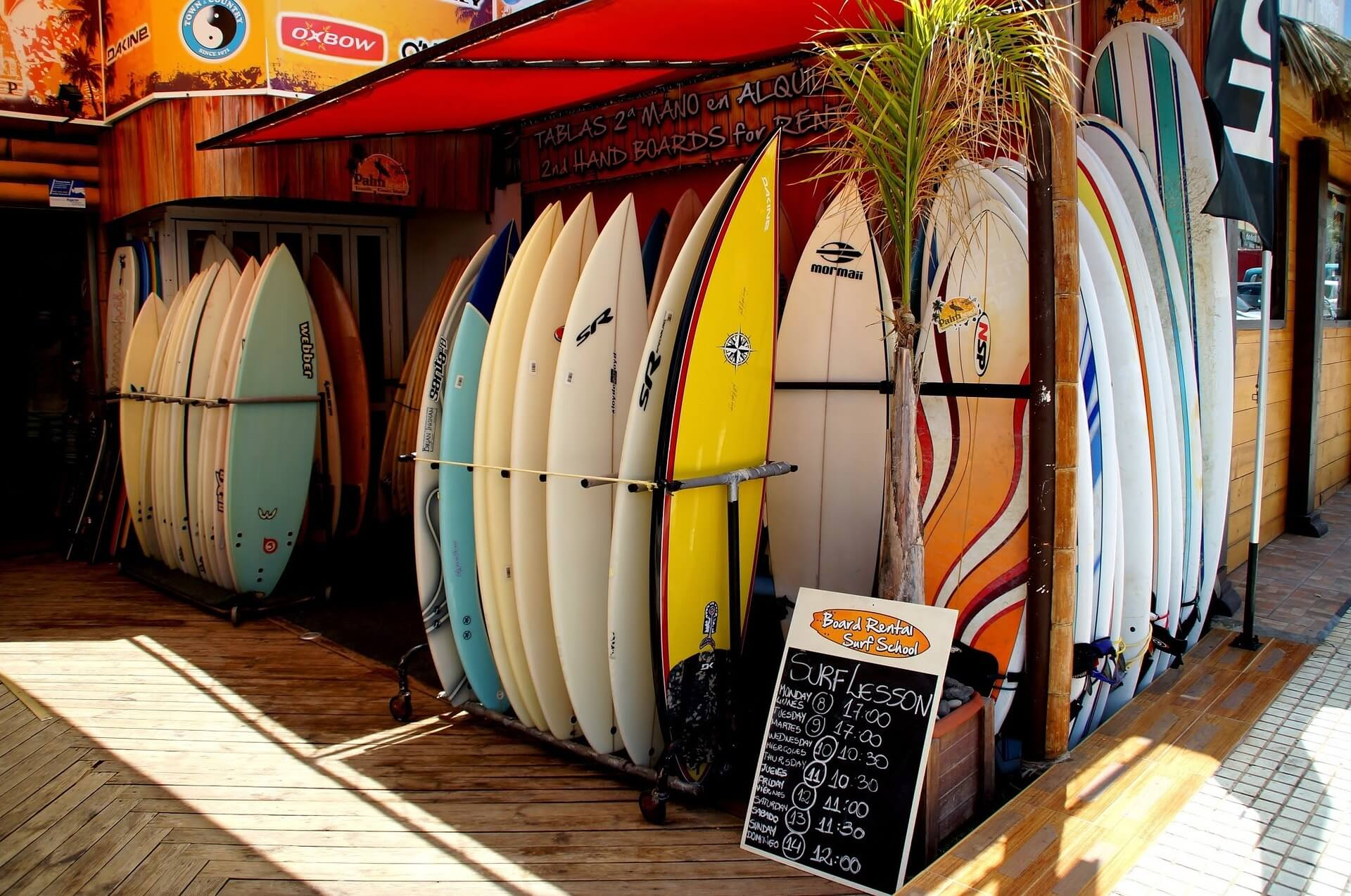 Surf shop in Tenerife - Surfing is one of the amazing outdoor activities in Tenerife not to miss