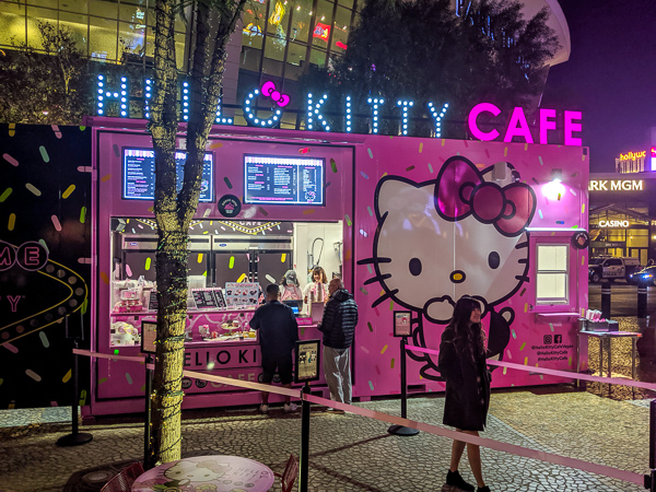 The pink glowing pop up cafe of Hello Kitty - a great cafe in Las Vegas